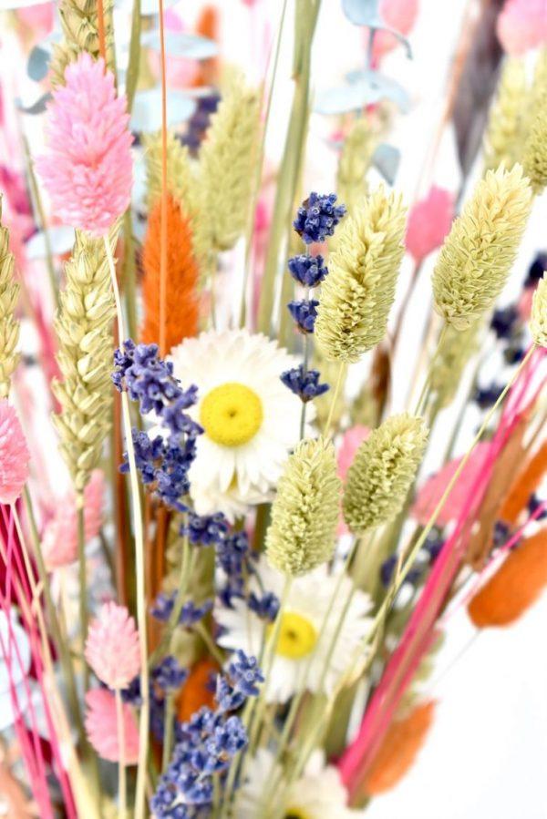 droogbloemen in boeket