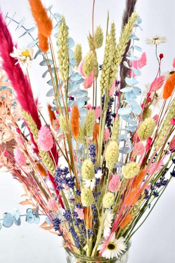 droogbloemen boeket met kleuren