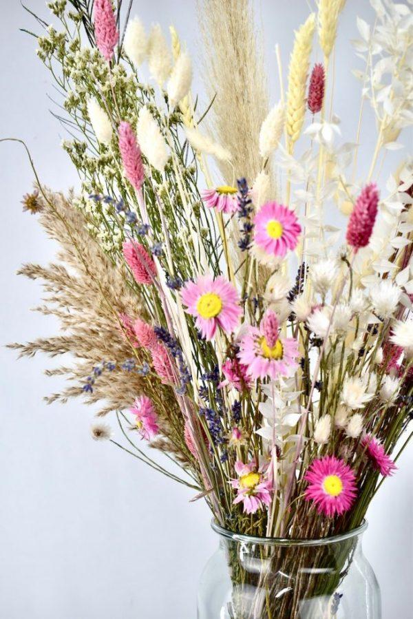 lichte droogbloemen