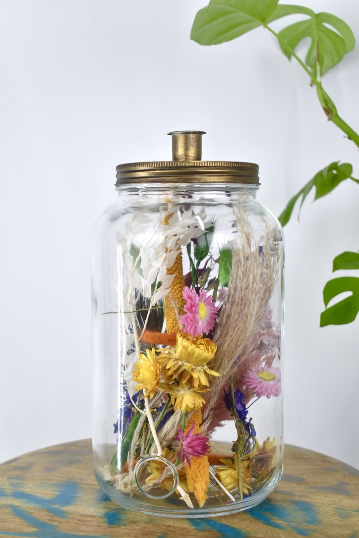 droogbloemen in fles als cadeau