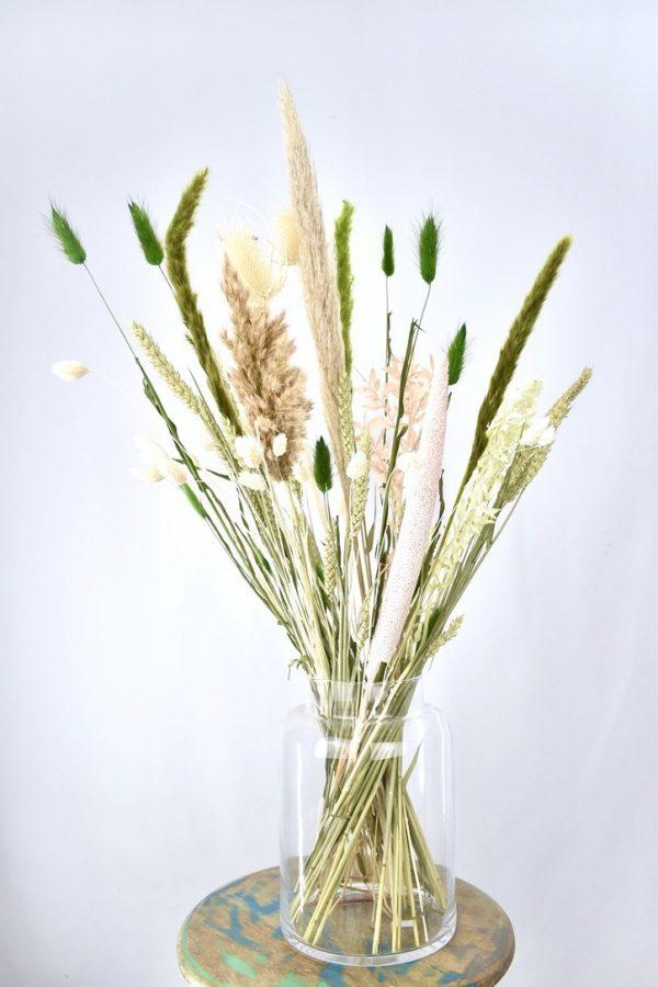droogbloemen boeket in rustige tinten