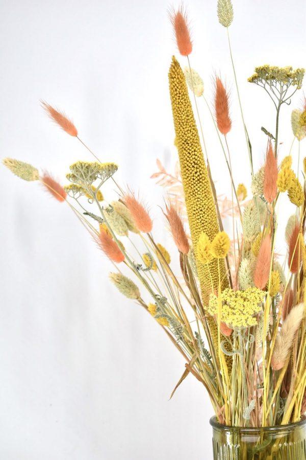 droogbloemen boeket in het geel