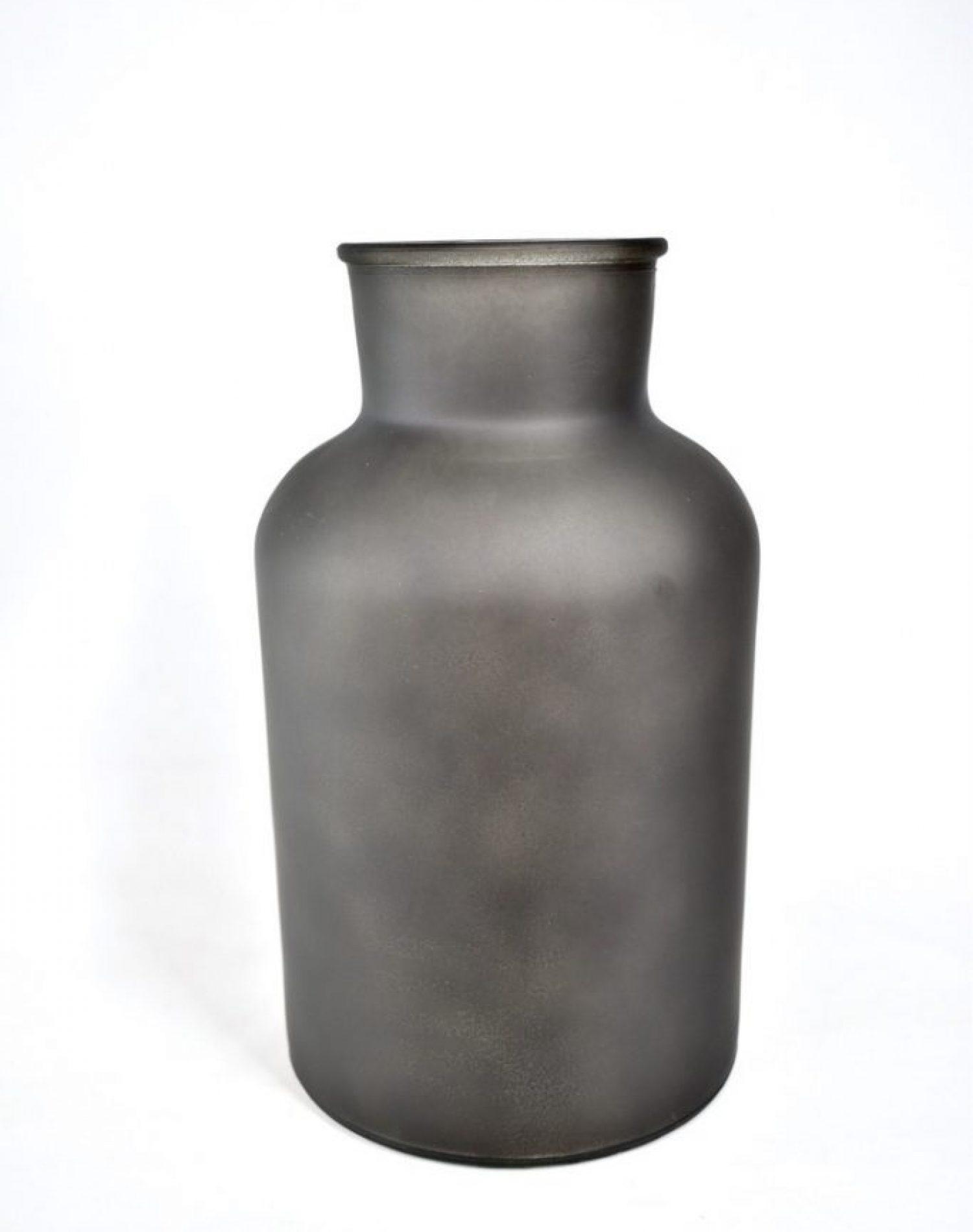 zwarte vaas voor droogbloemen